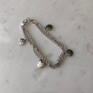 Jewelry - | nwot | Silver Medallion Bracelet
